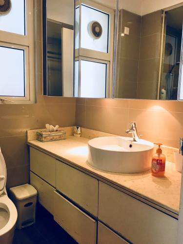 Phòng tắm căn hộ Saigon Pearl , Quận Bình Thạnh Căn hộ Saigon Pearl tầng 17 view sông thoáng mát, đầy đủ nội thất.