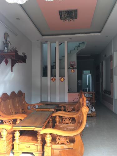 Phòng kháchNhà phố quận 9 Nhà mặt tiền hẻm Nguyễn Văn Tăng nội thất cơ bản, hẻm xe hơi.