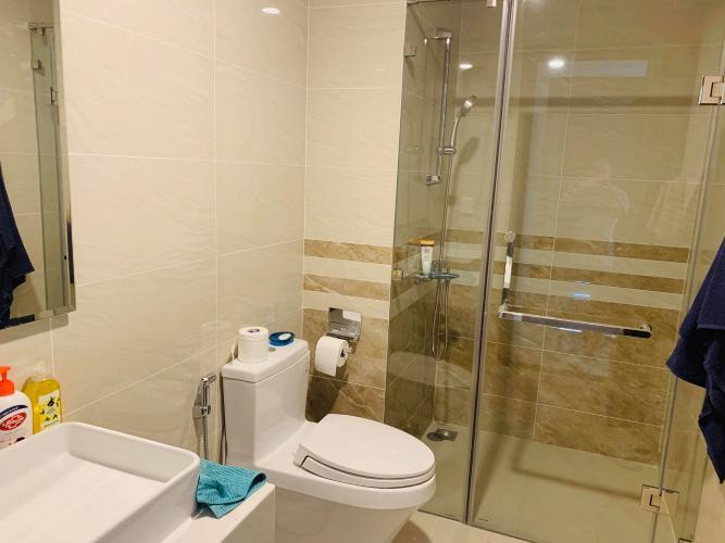 Phòng tắm căn hộ Saigon Royal Căn hộ Saigon Royal hướng cửa Tây Nam, nội thất cơ bản.