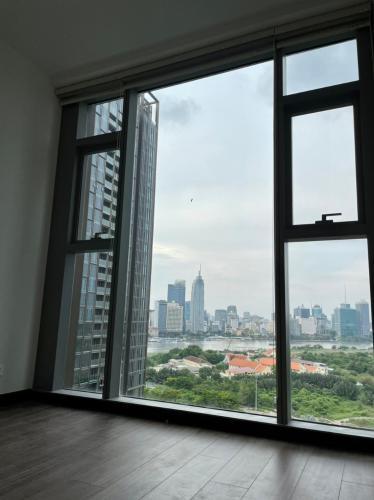 Căn hộ Empire City, Quận 2 Căn hộ Empire City tầng 14 view đón gió mát mẻ, nội thất cơ bản.