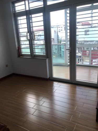 Không gian nhà phố Quận Phú Nhuận Nhà phố mặt tiền đường Trần Huy Liệu diện tích 74m2, đầy đủ nội thất.