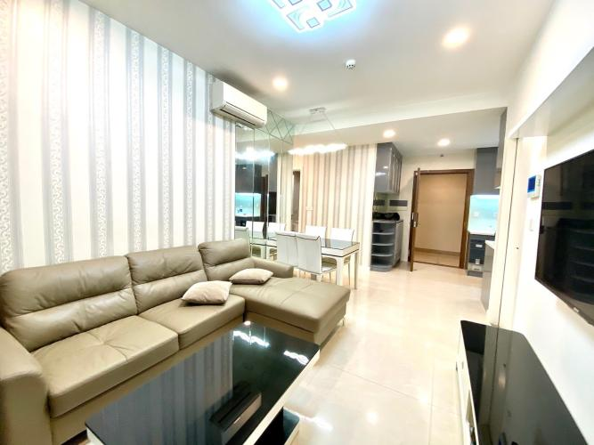 Căn hộ Masteri Millennium tầng cao thoáng mát, đầy đủ nội thất.