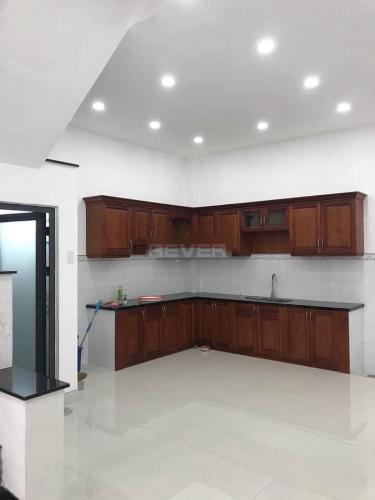 Phòng bếp nhà phố Quận Bình Tân Nhà phố Q.Bình Tân hướng Nam 1 trệt 3 lầu diện tích sử dụng 240m2.