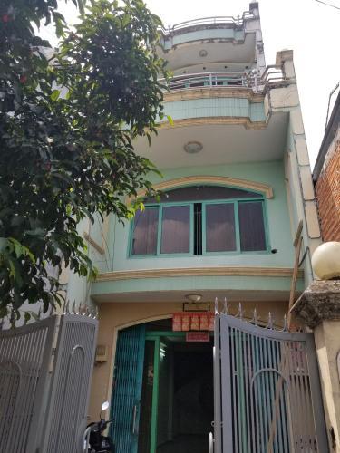 Mặt tiền nhà phố Quận Bình Tân Nhà phố đường xe hơi Q.Bình Tân diện tích sử dụng 250m2, sổ đỏ riêng.