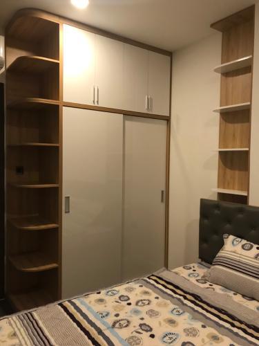 Phòng ngủ căn hộ Saigon Royal, Quận 4 Căn hộ Saigon Royal tầng 17 hướng Tây Bắc, nội thất đầy đủ.