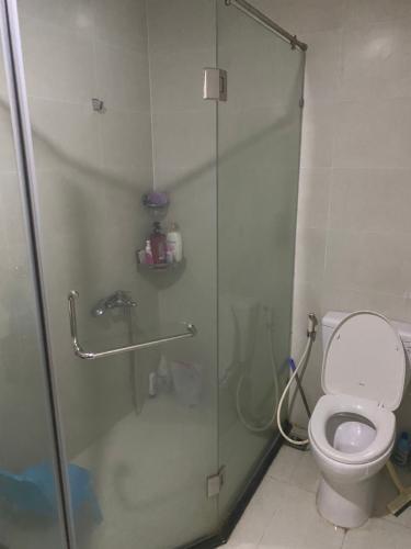 Toilet Grand Riverside, Quận 4 Căn hộ Grand Riverside tầng trung, nội thất châu Âu sang trọng.