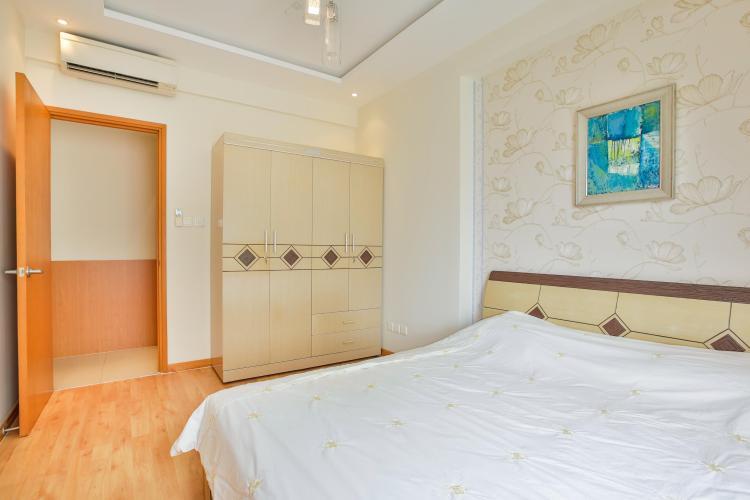 Tủ đồ và giường ngủ trong phòng ngủ 1 Căn hộ 3 phòng ngủ tầng cao Ruby 1 Saigon Pearl