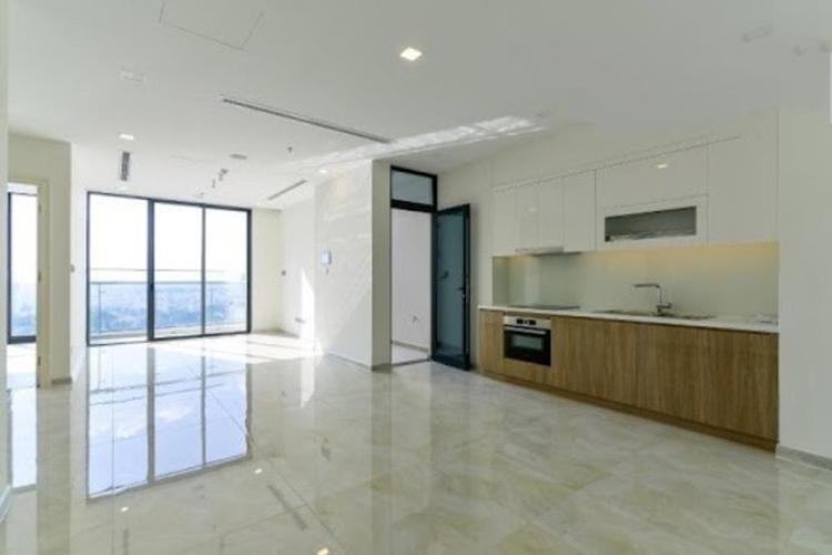 Căn hộ Vinhomes Golden River nội thất cơ bản, view thoáng mát.