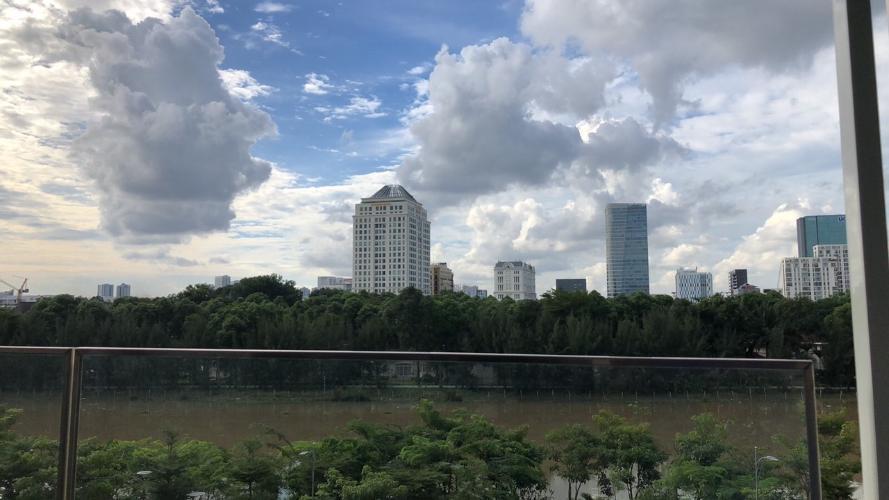 view Căn hộ Phú Mỹ Hưng Midtown nội thất hiện đại, cửa hướng Đông Nam.