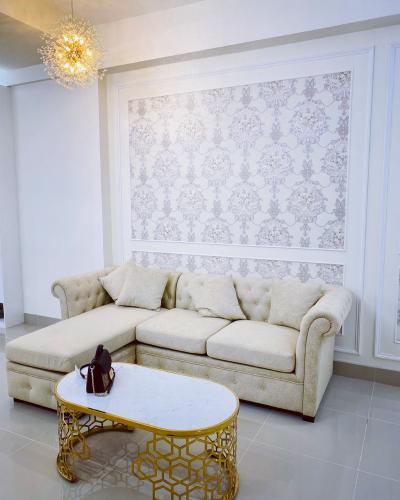 Phòng khách Võ Đình Apartment, Quận 12 Căn hộ Võ Đình Apartment ban công hướng Tây, đầy đủ nội thất.