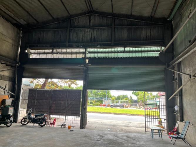 Không gian nhà xưởng kho bãi Quận Bình Tân Nhà xưởng diện tích 4800m2 đường xe Container vào tận nơi, cơ sở hạ tầng hoàn chỉnh.