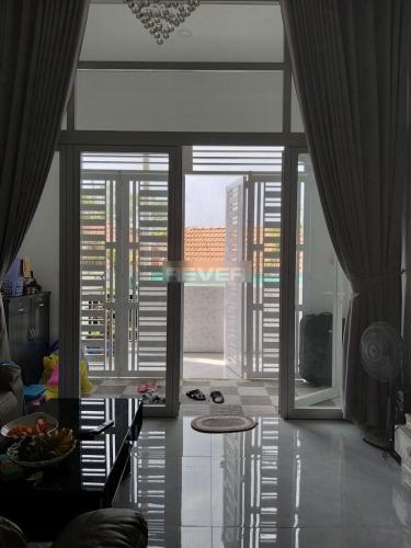 Căn hộ Chung cư Hùng Vương tầng 3 có 1 lửng, đầy đủ nội thất.
