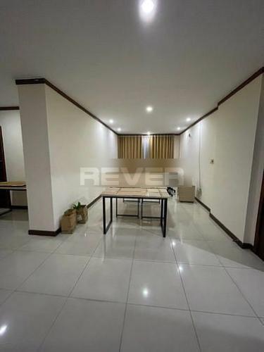 Căn hộ Quốc Cường Gia Lai 1 tầng 7 diện tích 131.3m2, nội thất cơ bản.