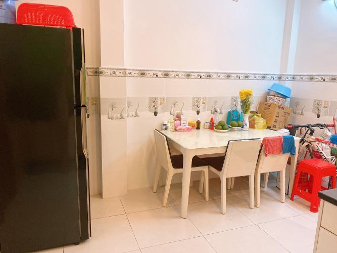 Không gian nhà phố Quận Tân Phú Nhà phố hướng Bắc diện tích sử dụng 148.5m2, đầy đủ nội thất.