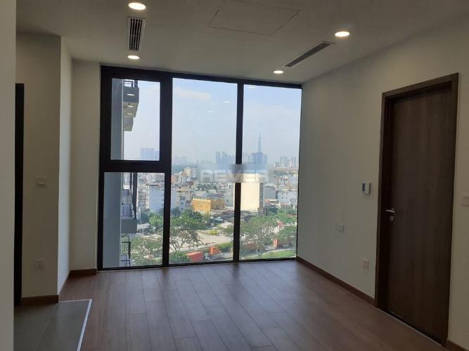 Căn hộ Eco Green Saigon nội thất cơ bản, hướng Đông Nam.