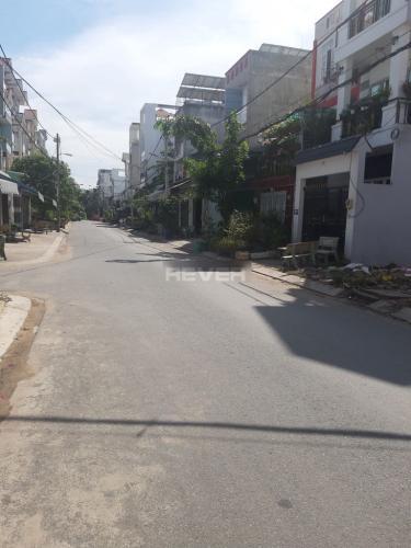 Đường hẻm nhà phố Quận Bình Tân Nhà phố mặt tiền Đường số 27 hướng Đông Bắc, diện tích sử dụng 360m2.