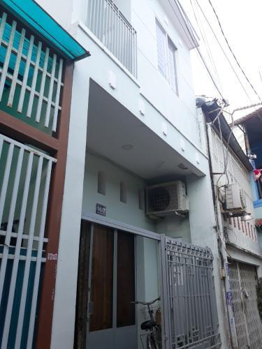 Bán nhà nguyên căn hẻm số 16 đường số 49 Bình Thuận Quận 7, diện tích đất 26.32m2, diện tích sàn 41.94m2