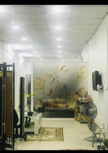 Phòng khách nhà phố Quận Gò Vấp Nhà phố mặt tiền đường Tân Sơn Q.Gò Vấp hướng diện tích đất 59.8m2.