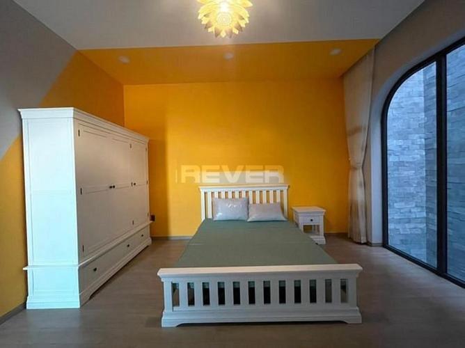 Phòng ngủ nhà phố Quận 12 Nhà phố mặt tiền đường Tân Chánh Hiệp 8 Quận 12, hướng Đông mát mẻ