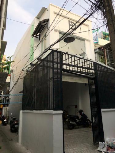 Nhà 2 tầng hẻm Đoàn Văn Bơ, có 9 phòng trọ phù hợp kinh doanh cho thuê
