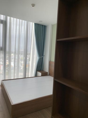 Căn hộ Eco Green Saigon tầng trung, đón 3 view thoáng mát.