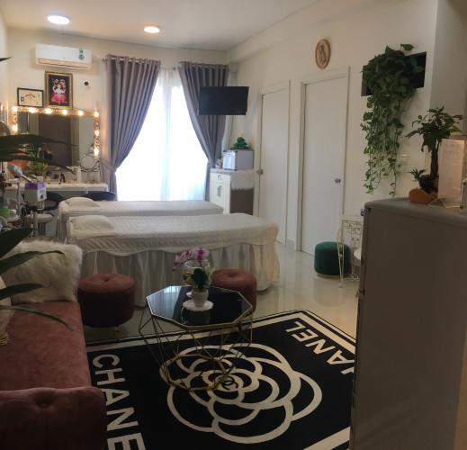Phòng khách The Park Residence, Nhà Bè Căn hộ The Park Residence tầng cao, nội thất cơ bản.