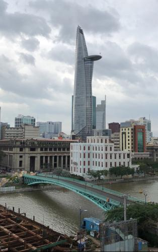 View căn hộ Saigon Royal , Quận 4 Căn hộ Saigon Royal tầng thấp hướng cửa Đông Nam, view nội khu yên tĩnh.