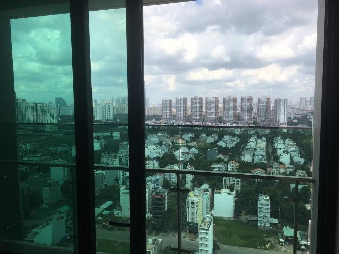 View từ căn hộ Feliz En Vista Căn hộ Feliz En Vista có cửa kính  nhiều thông thoáng, view thành phố.