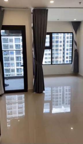 Căn hộ tầng 10 Vinhomes Grand Park nội thất cơ bản, view nội khu thoáng mát