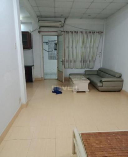 Căn hộ 43 Hồ Văn Huê cửa hướng Đông Nam, nội thất cơ bản.
