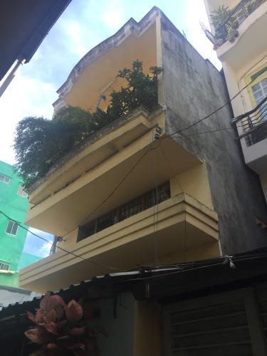 Bán nhà phố hẻm 100 đường Tôn Đản phường 10 quận 4, diện tích đất 71m2, diện tích sàn 155.3m2