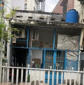 Nhà phố diện tích 60m2 hướng Đông Nam, không có nội thất.