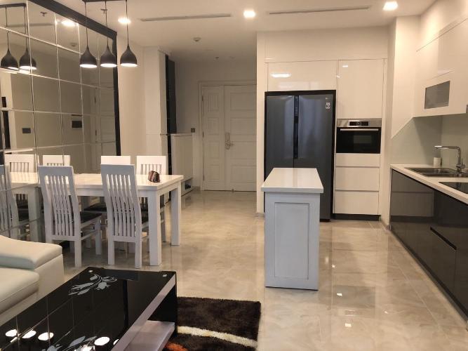 Bán căn hộ Vinhomes Golden River, diện tích 74m2 - 2 phòng ngủ, thiết kế hiện đại, đầy đủ nội thất.