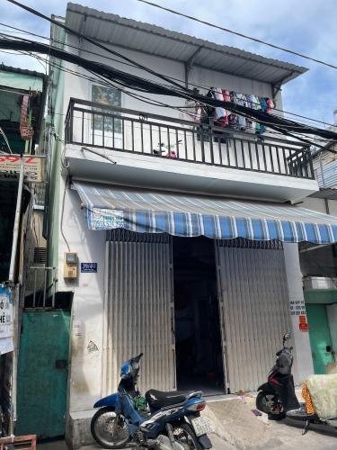 Nhà phố Bình Tân diện tích sử dụng 156m2, 1 trệt 1 lầu.