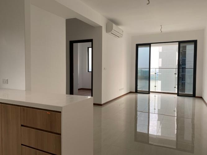 Phòng khách One Verandah Quận 2 Căn hộ One Verandah tầng trung, view sông mát mẻ.