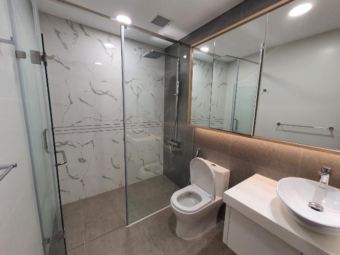 Phòng tắm Sunwah Pearl, Bình Thạnh Căn hộ Sunwah Pearl tầng trung, nội thất cơ bản