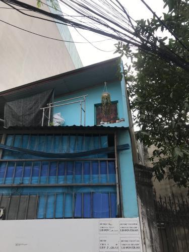 Nhà phố diện tích 140m2 cách ngã 3 Bình Thái 50m2, không có nội thất.