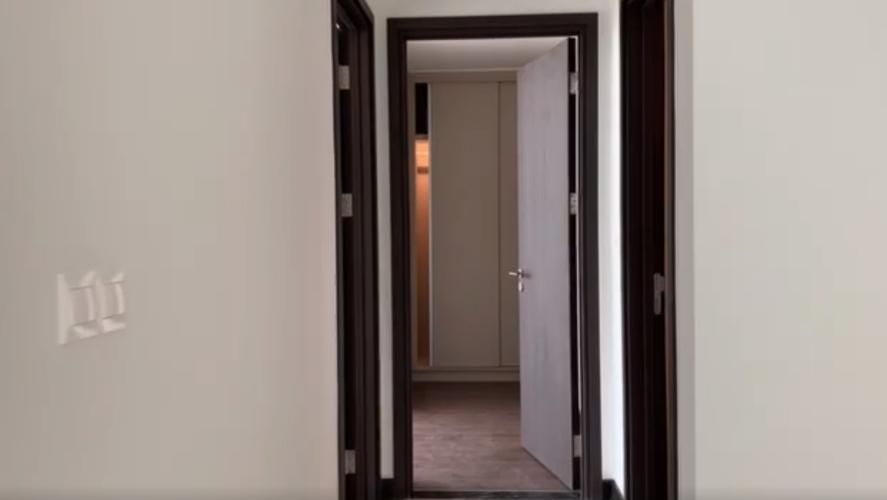 Phòng ngủ Empire City, Quận 2 Căn hộ Empire City hướng Đông Nam, nội thất cơ bản.