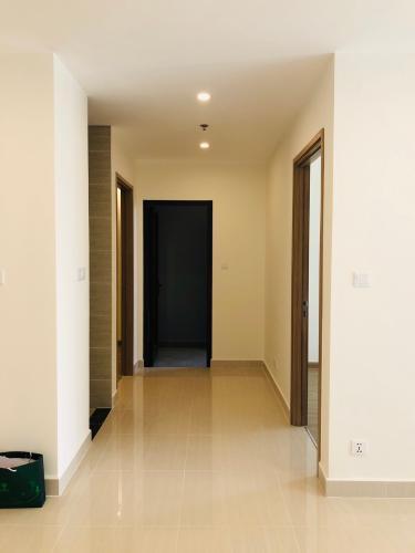 Căn hộ tầng 10 Vinhomes Grand Park không nội thất, tiện ích đầy đủ.