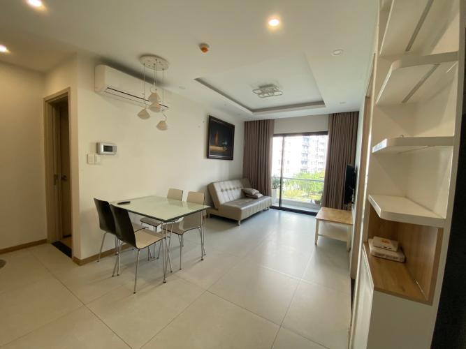 Phòng khách New City Thủ Thiêm, Quận 2 Căn hộ New City Thủ Thiêm hướng Đông Nam, đầy đủ nội thất.