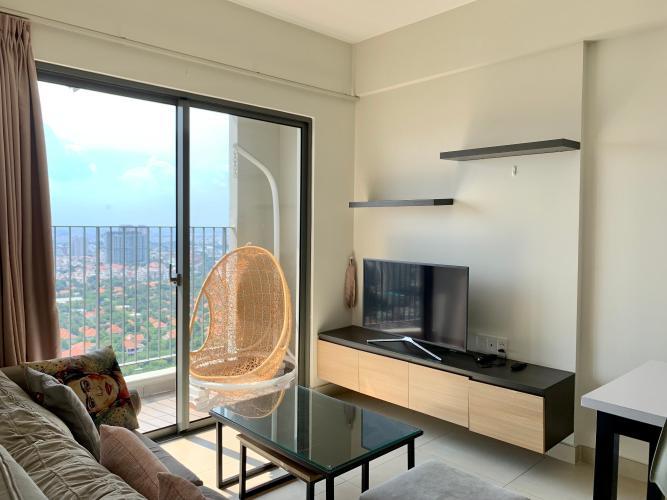 Căn hộ tầng 31 Masteri Thảo Điền view thành phố sầm uất, đầy đủ nội thất.