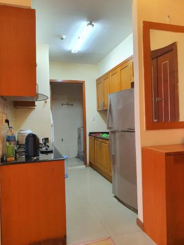 Phòng bếp V-Star, Quận 7 Căn hộ V-Star view sông, đầy đủ nội thất.
