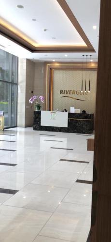 Sảnh căn hộ Rivergate Residence Căn hộ Rivergate Residence tầng 10, đầy đủ nội thất.