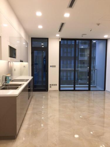 Bán căn hộ 1 phòng ngủ Vinhomes Golden River, diện tích 45m2, thiết kế hiện đại, nội thất cơ bản.