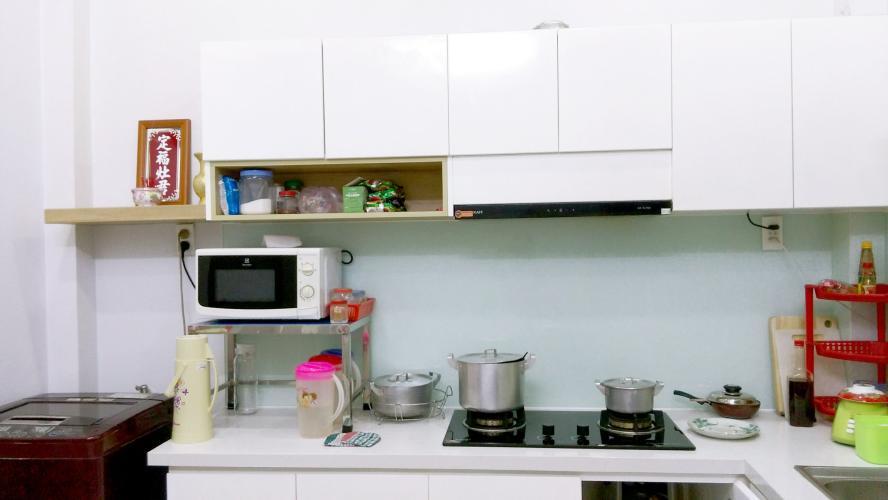 Phòng bếp nhà phố Quận 6 Nhà phố Quận 6 hướng Nam diện tích sử dụng 111.8m2, nội thất cơ bản.