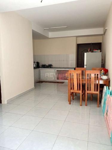 Phòng bếp căn hộ Tani Building Sơn Kỳ 1 Căn hộ Tani Building Sơn kỳ 1 kèm nội thất cơ bản, view nội khu.