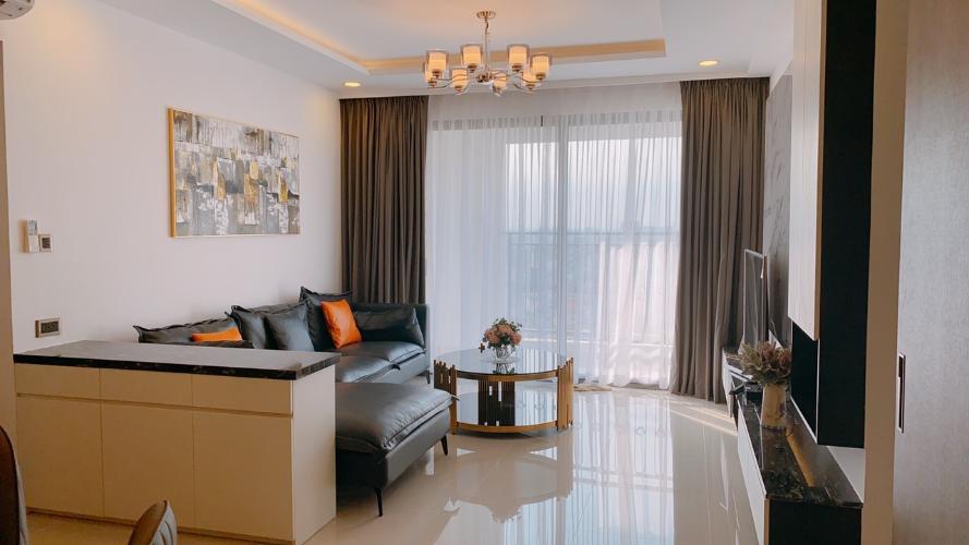 Phòng khách Saigon Royal, Quận 4 Căn hộ Saigon Royal tầng cao view Bitexco, nội thất đầy đủ.