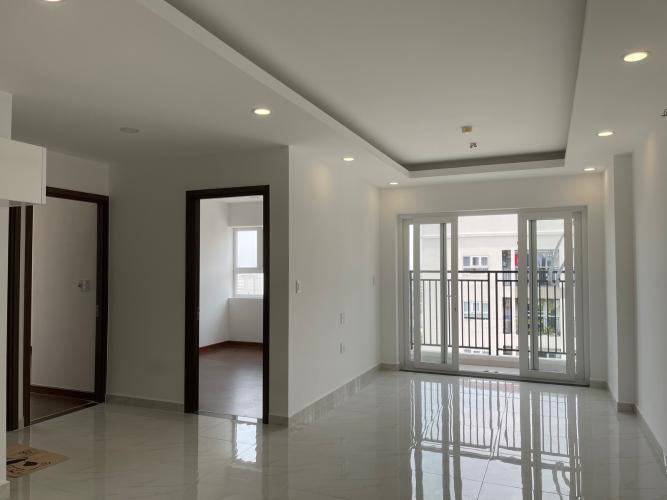 Căn hộ Richmond City tầng 24 có 3 phòng ngủ, nội thất cơ bản.