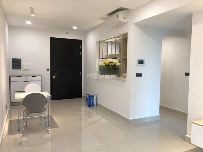 Căn hộ Feliz En Vista tầng trung, đầy đủ nội thất hiện đại.