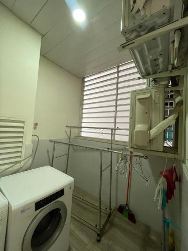 Phòng giặt ủi La Casa, Quận 7 Căn hộ La Casa hướng Đông Nam, view sông tuyệt đẹp.